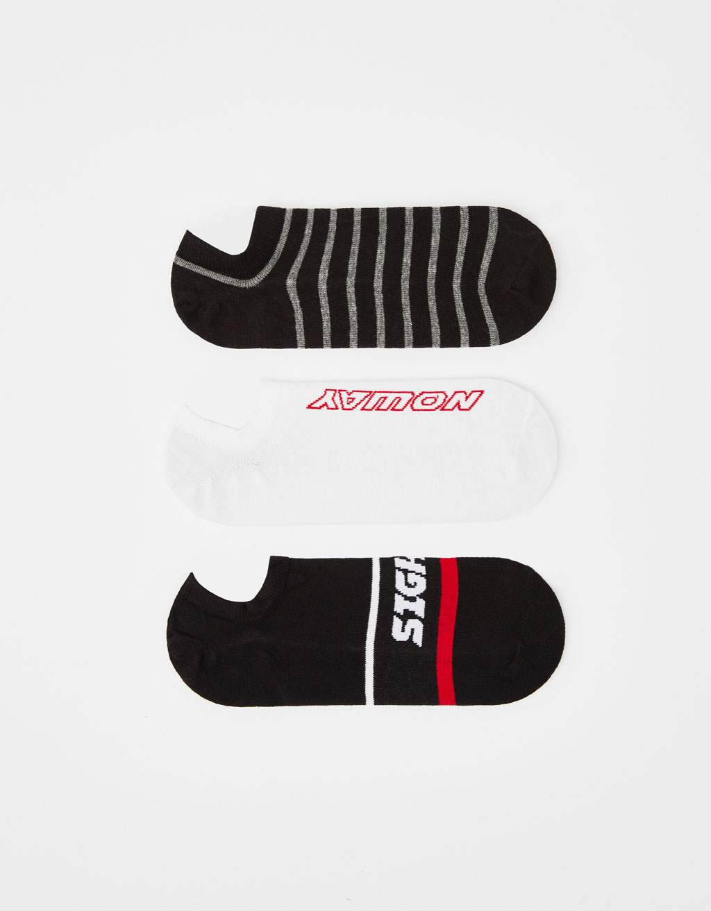 Set of striped and slogan-printed socks