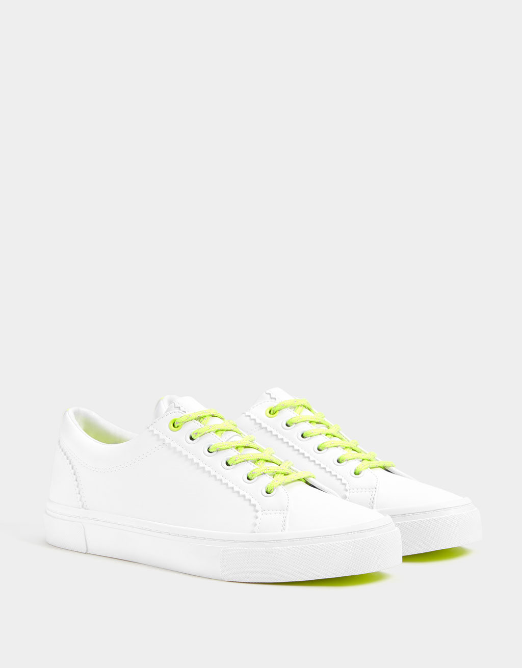 Trainers with neon details