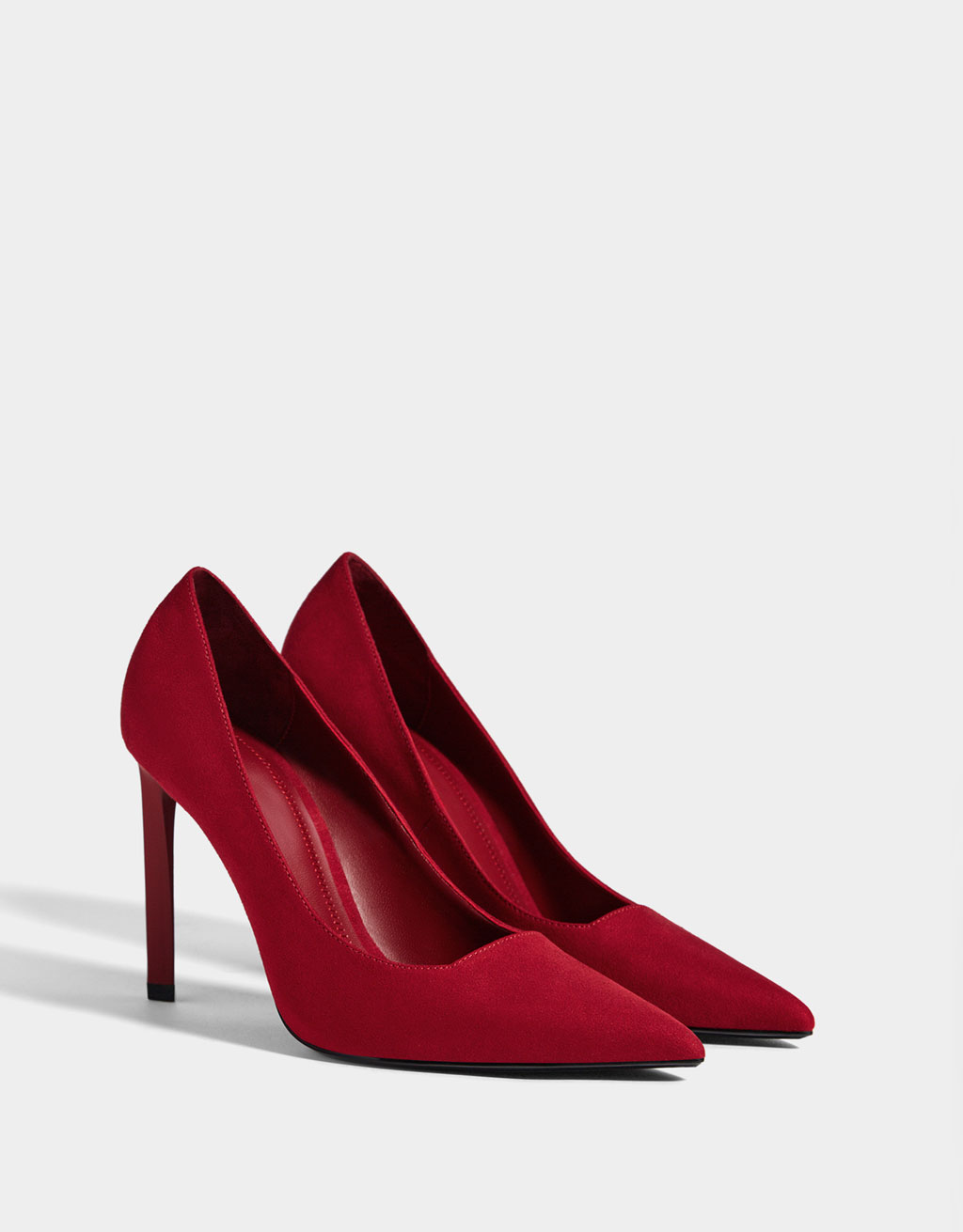 Stiletto heel shoes