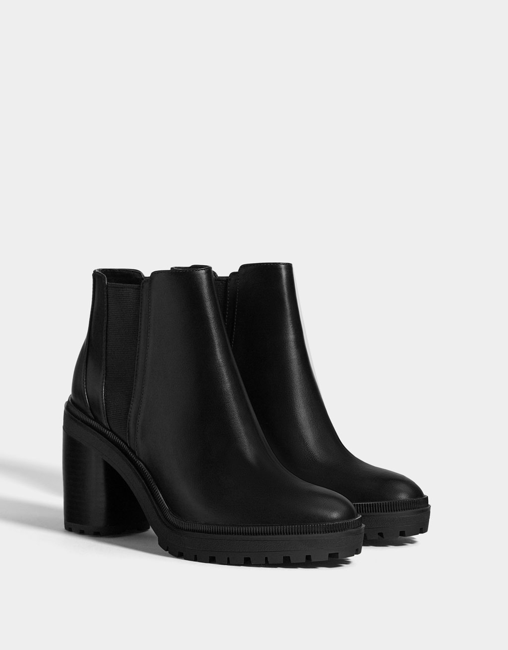 Platform ankle boots with elastic panels