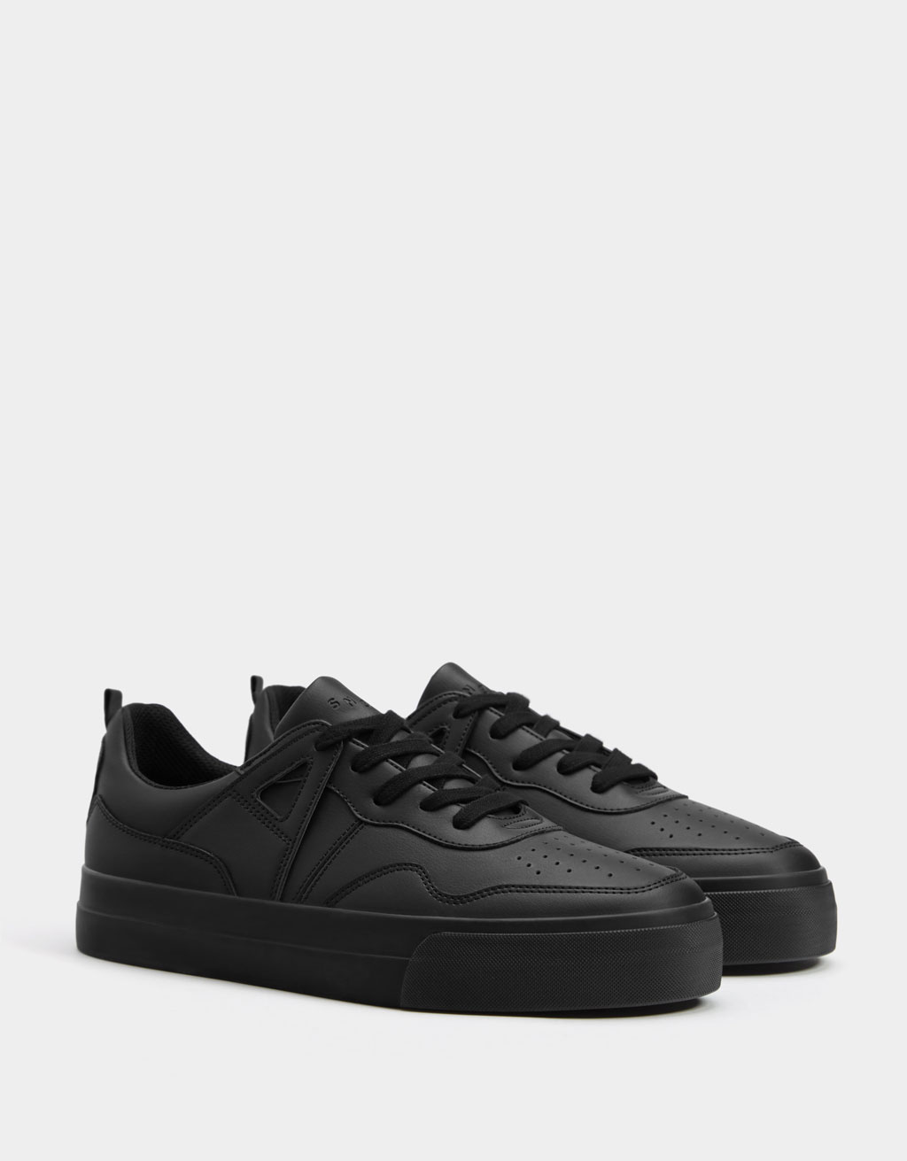 Men's black monochrome trainers