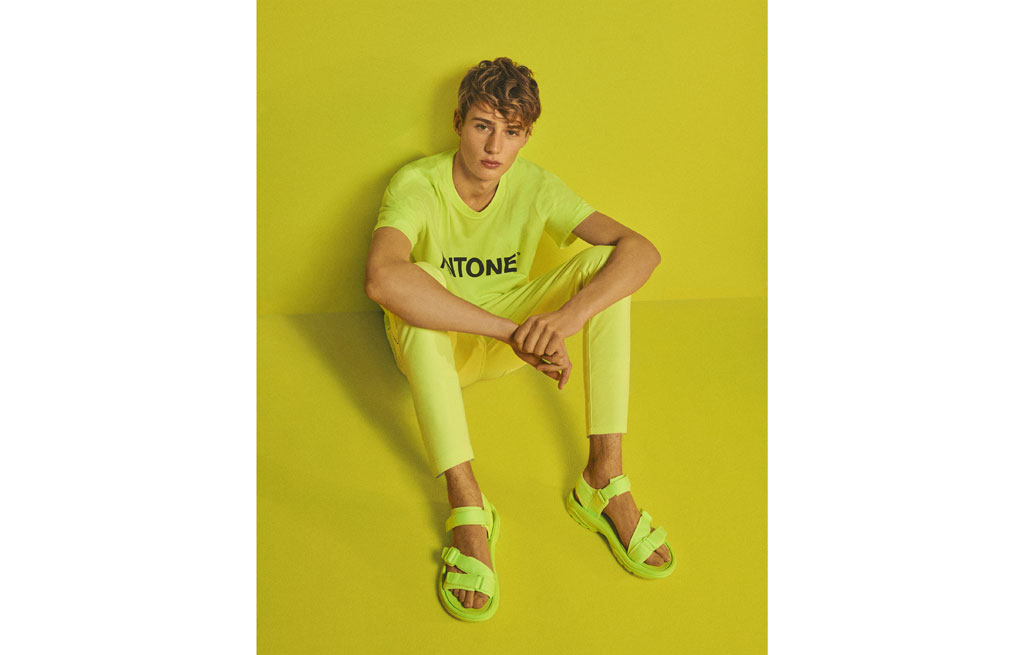 Men's Bershka + PANTONE neon technical sandals