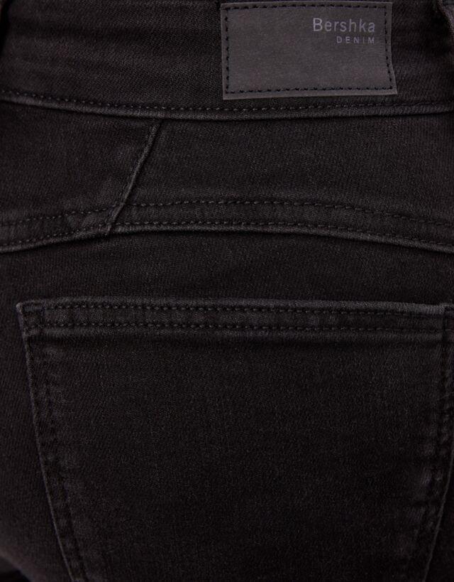 Jeans Push Up Mid Waist Mujer Bershka