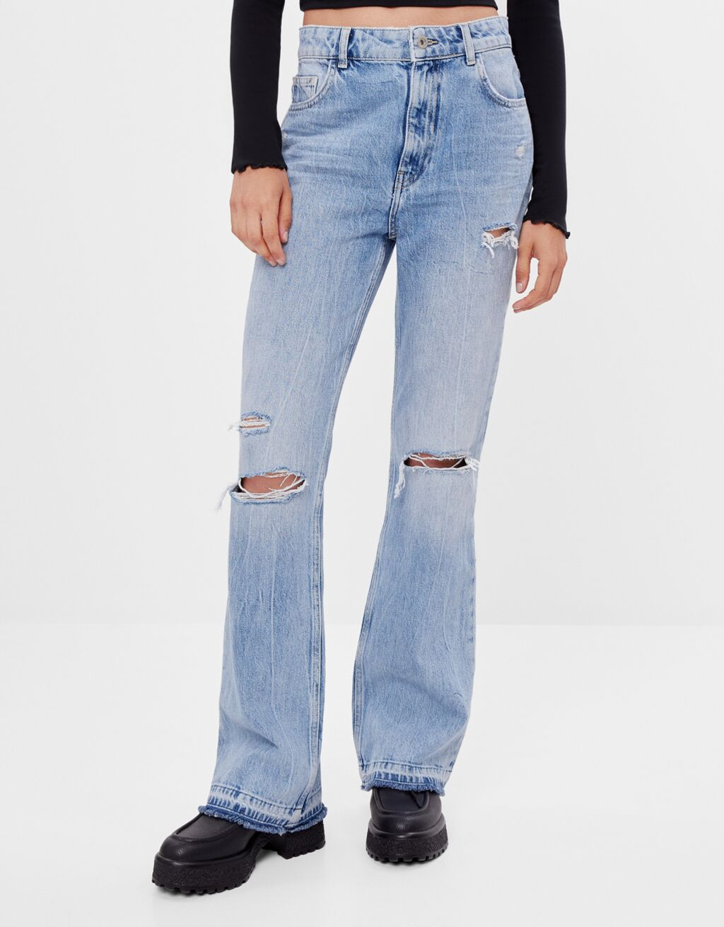 Jeans Flare Fit con rotos