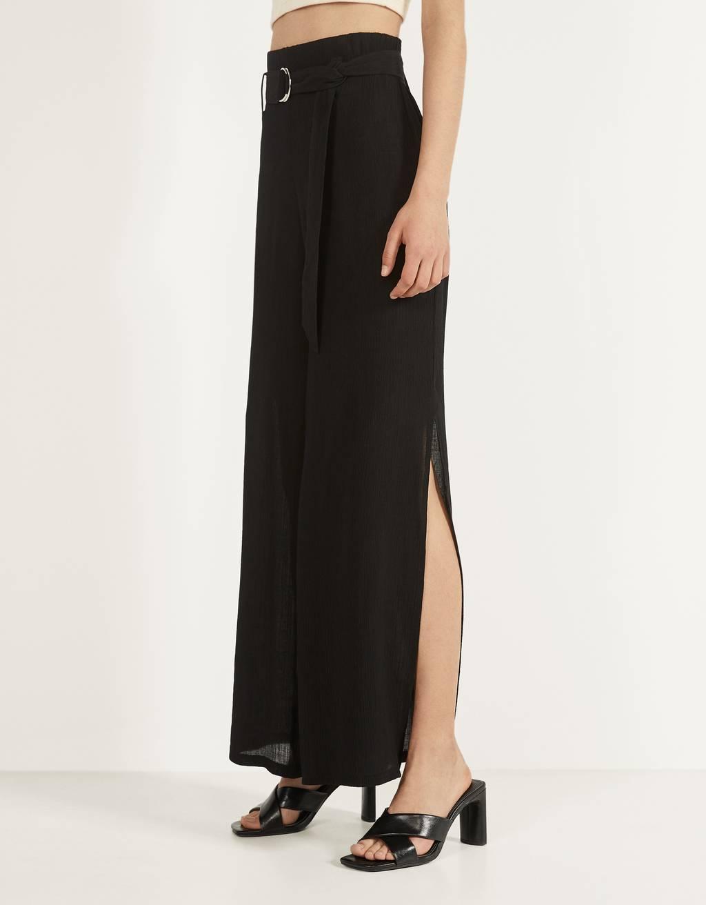 Pantalons cama ampla amb cinturó