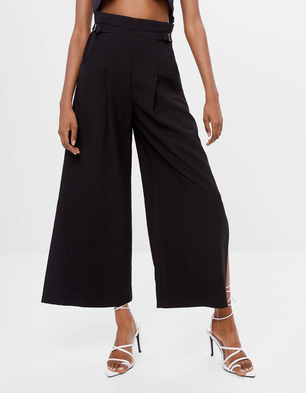 Culottes with buckles