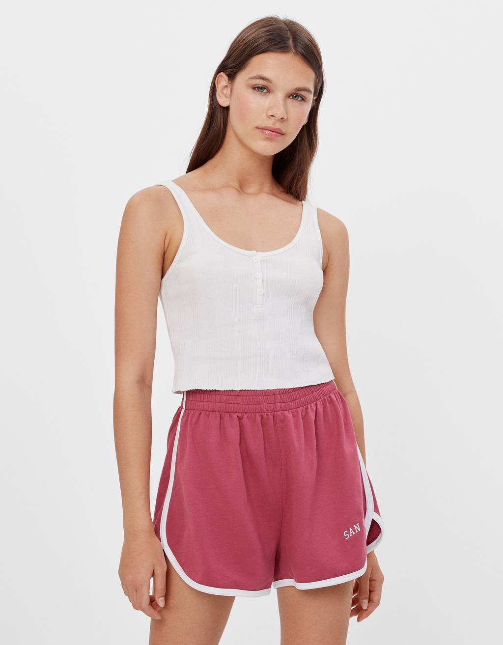 Shorts with contrasting ribbed trims