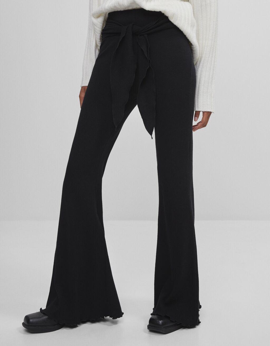 Pantaloni flare fiocco