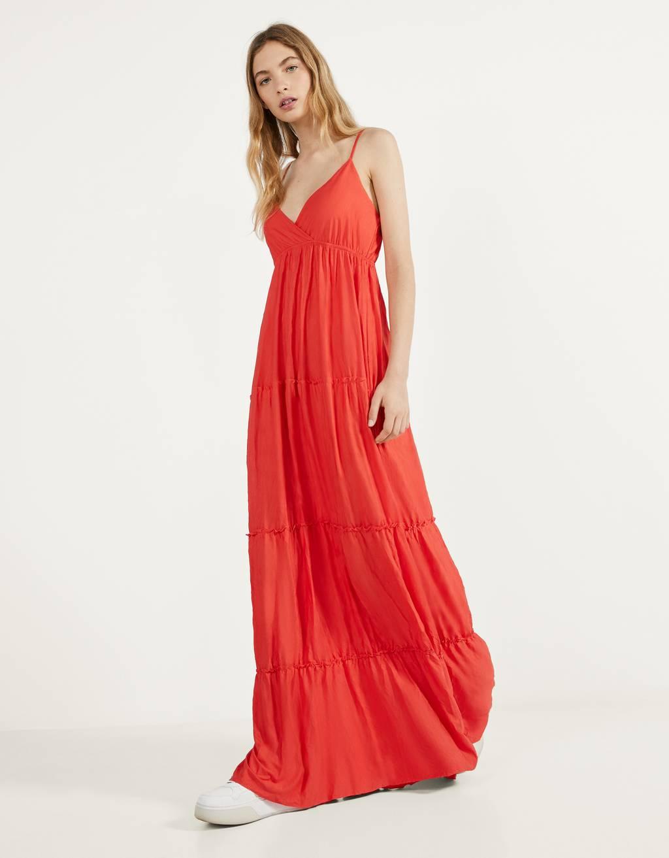 Langes Kleid mit Trägern - CLOTHING - Bershka Austria
