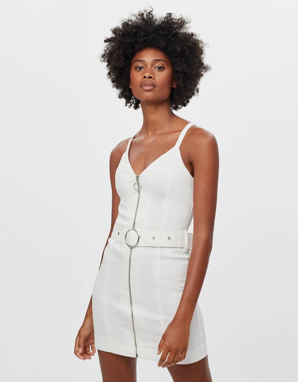 Платье с молнией и поясом