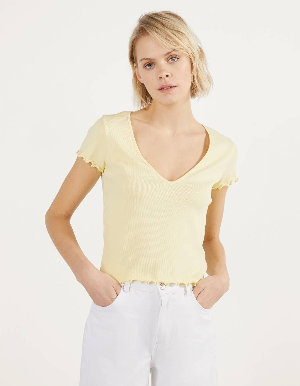 Camiseta con escote pico