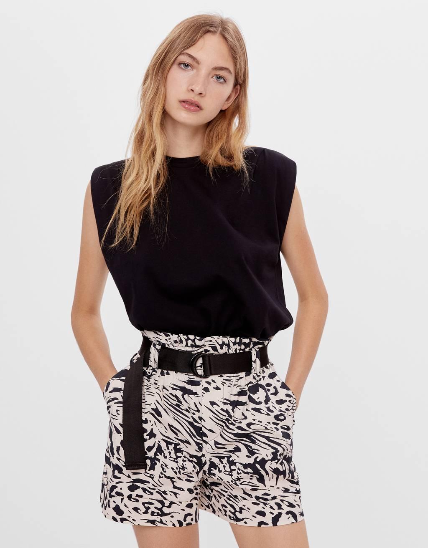 Paperbag-Shorts mit Gürtel