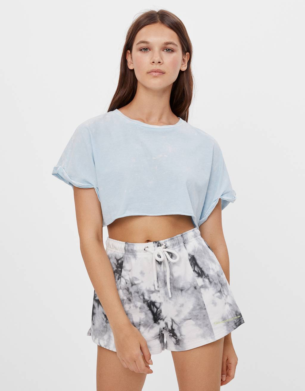 Shorts jogger con stampa tie-dye