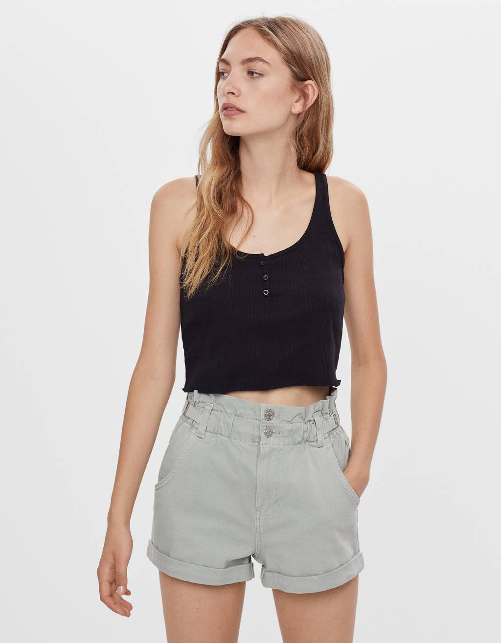 Shorts with elastic waistband and belt loops