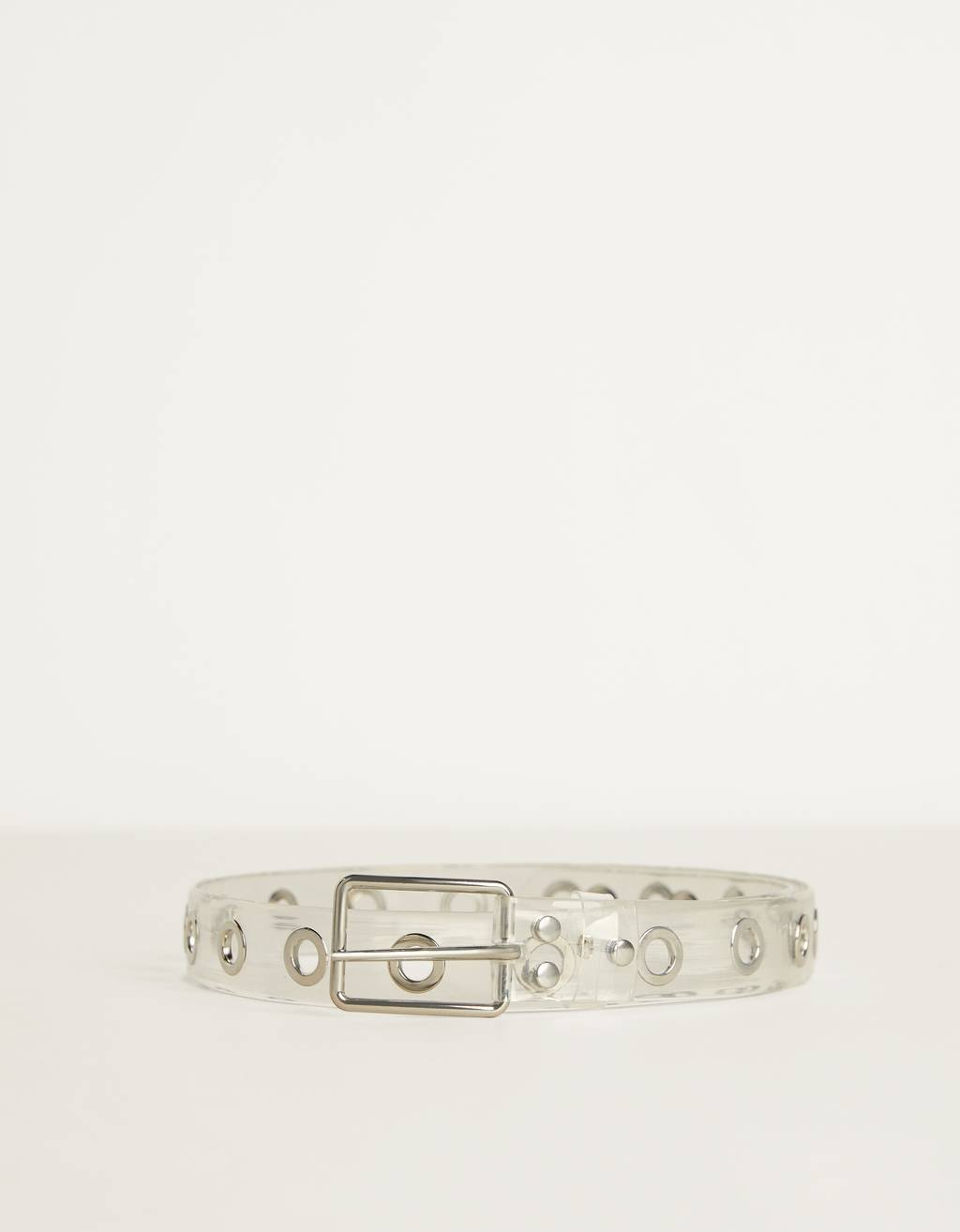 Sheer belt with eyelets