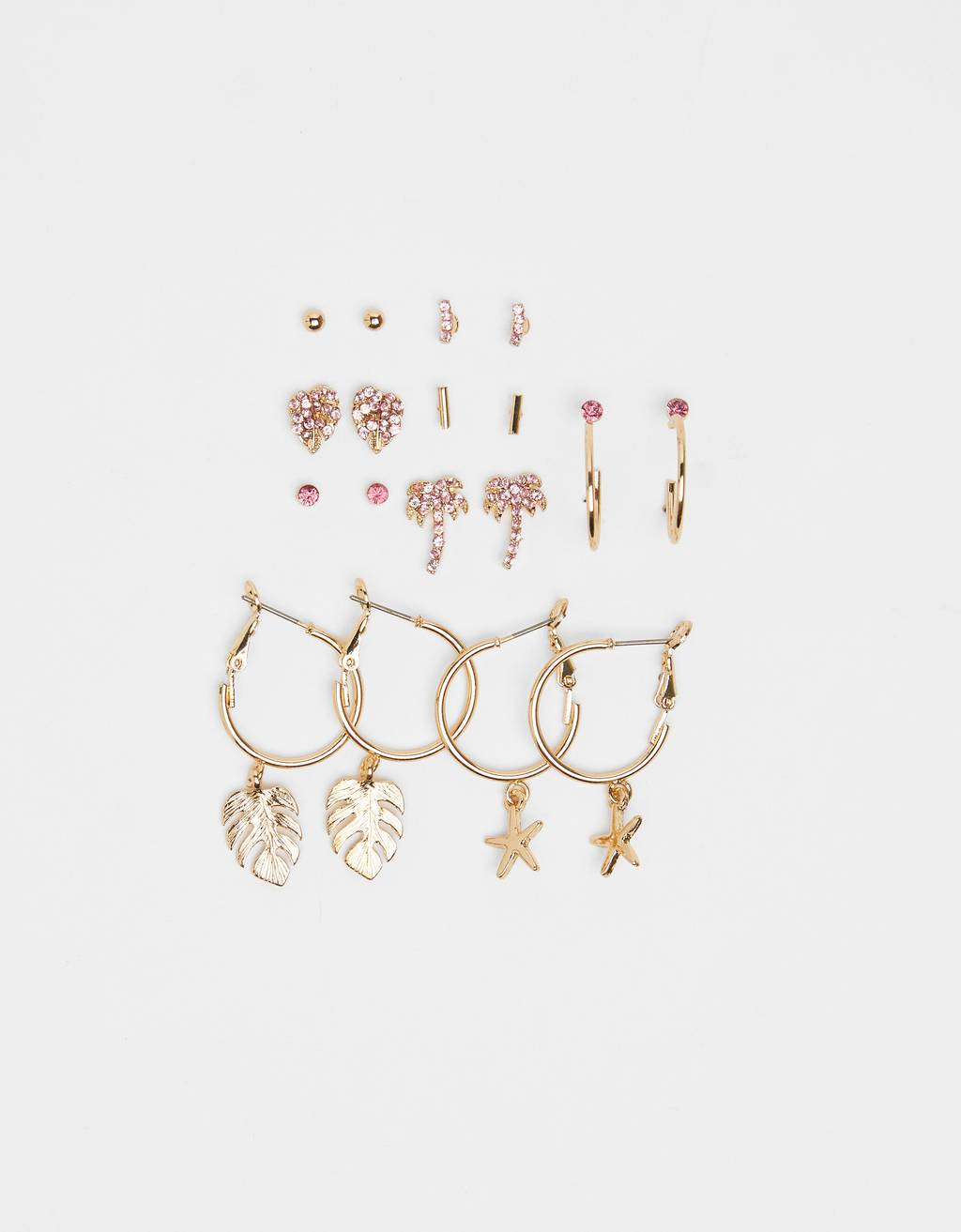 Set of beach-inspired earrings