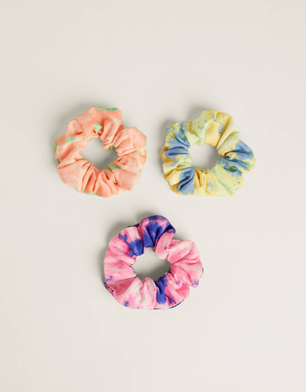 Pack of tie-dye scrunchies
