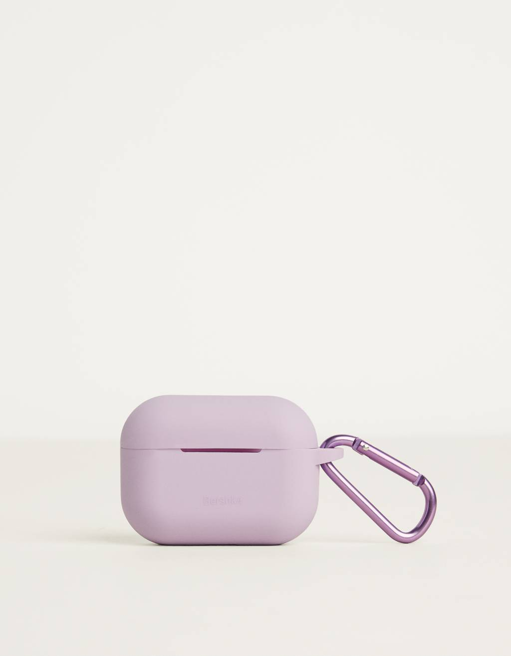 AirPod case with carabiner