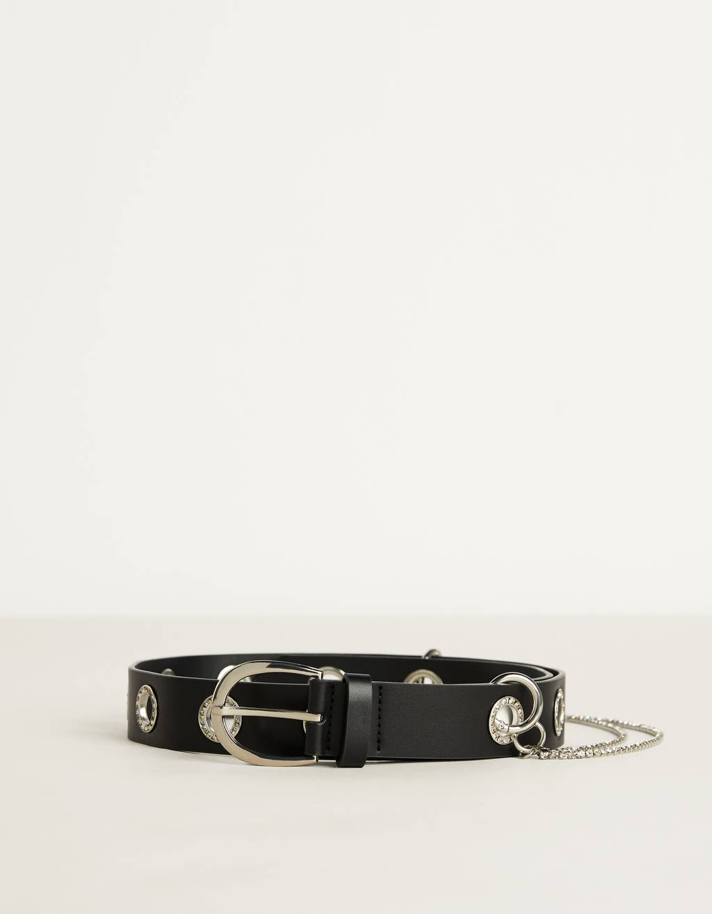 Belt with eyelets and shiny chain detail