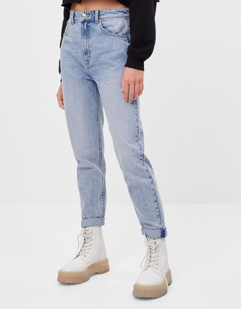 Mom jeans with turn-up hems