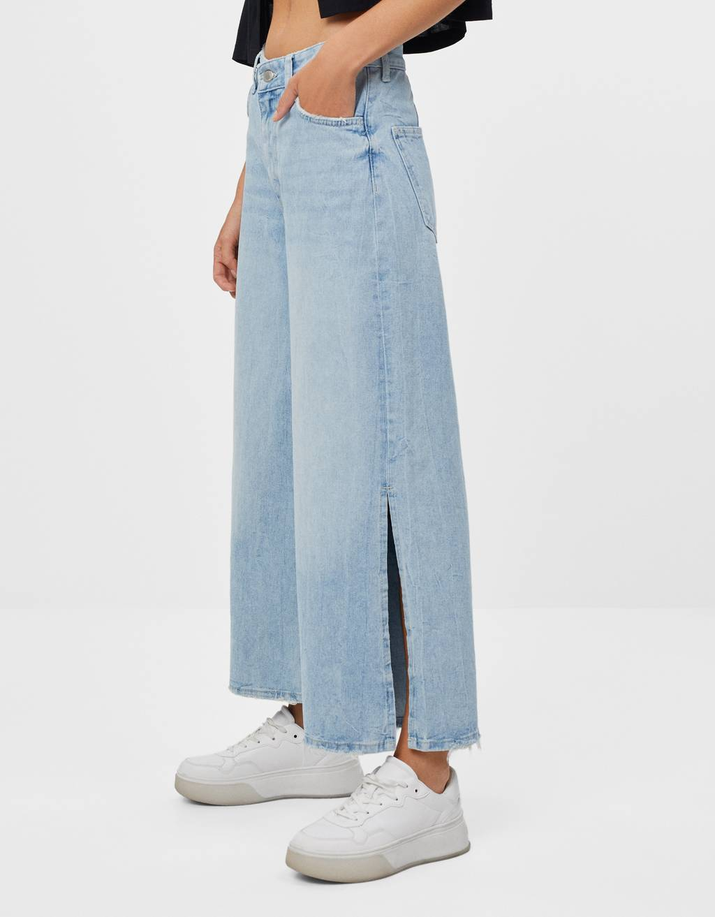 Culotte jeans with slits