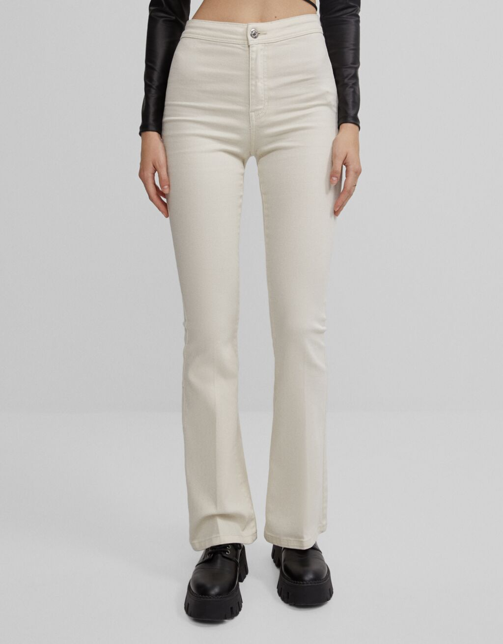 Pantalons flare sarja