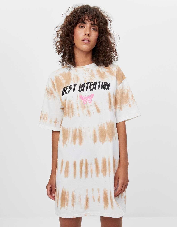 Batik desenli t-shirt elbise