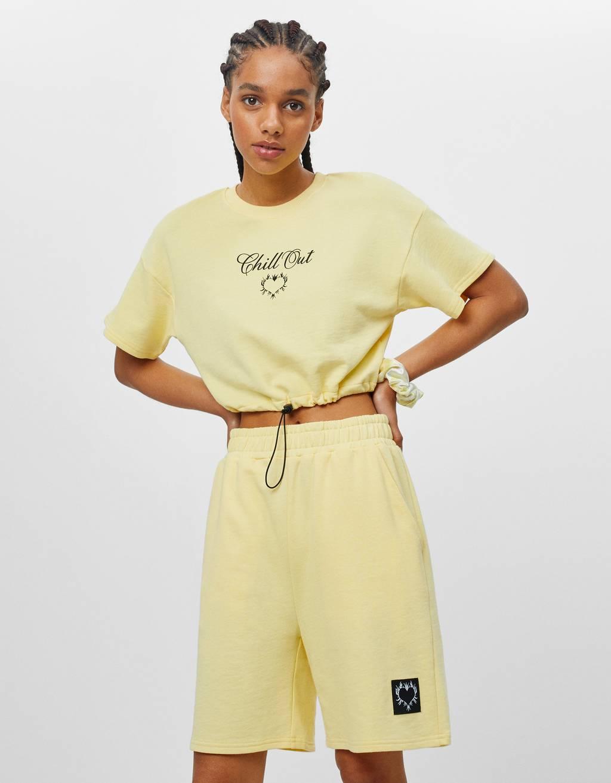Plush Bermuda shorts with print - Shorts and Bermudas - Woman
