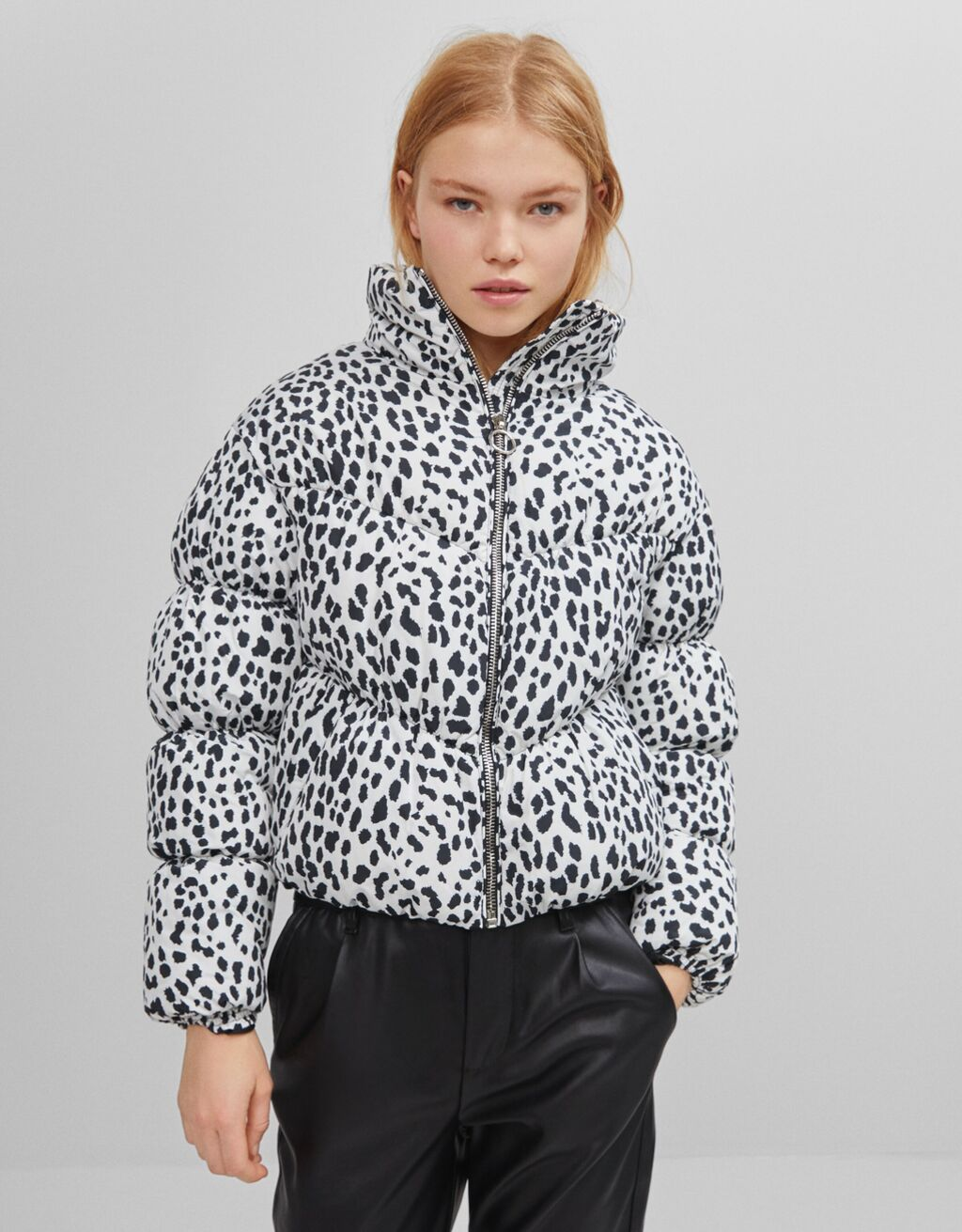 Gathered puffer jacket