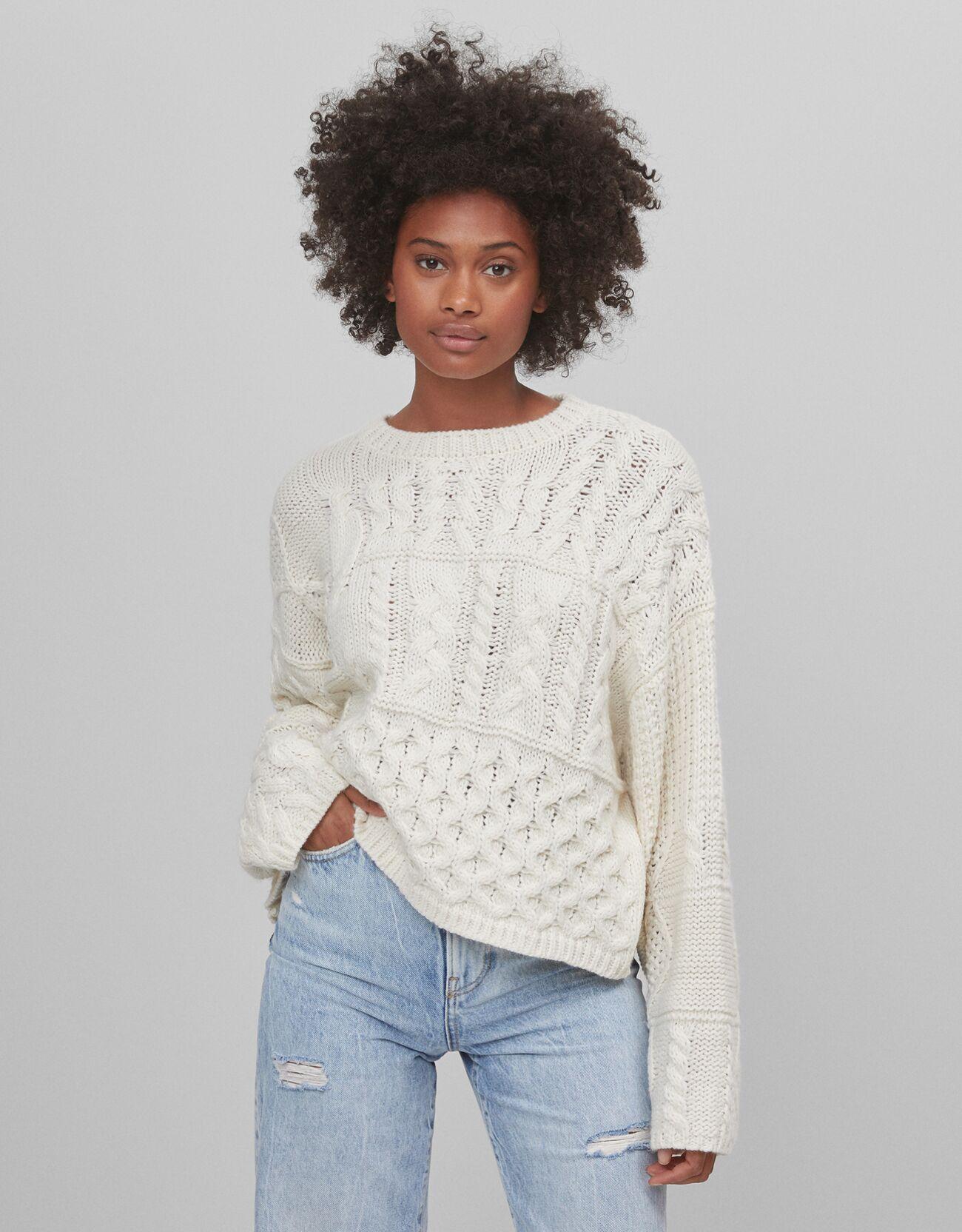 bershka -  Oversized-Pullover Mit Zopfmuster Damen S Rohweiß