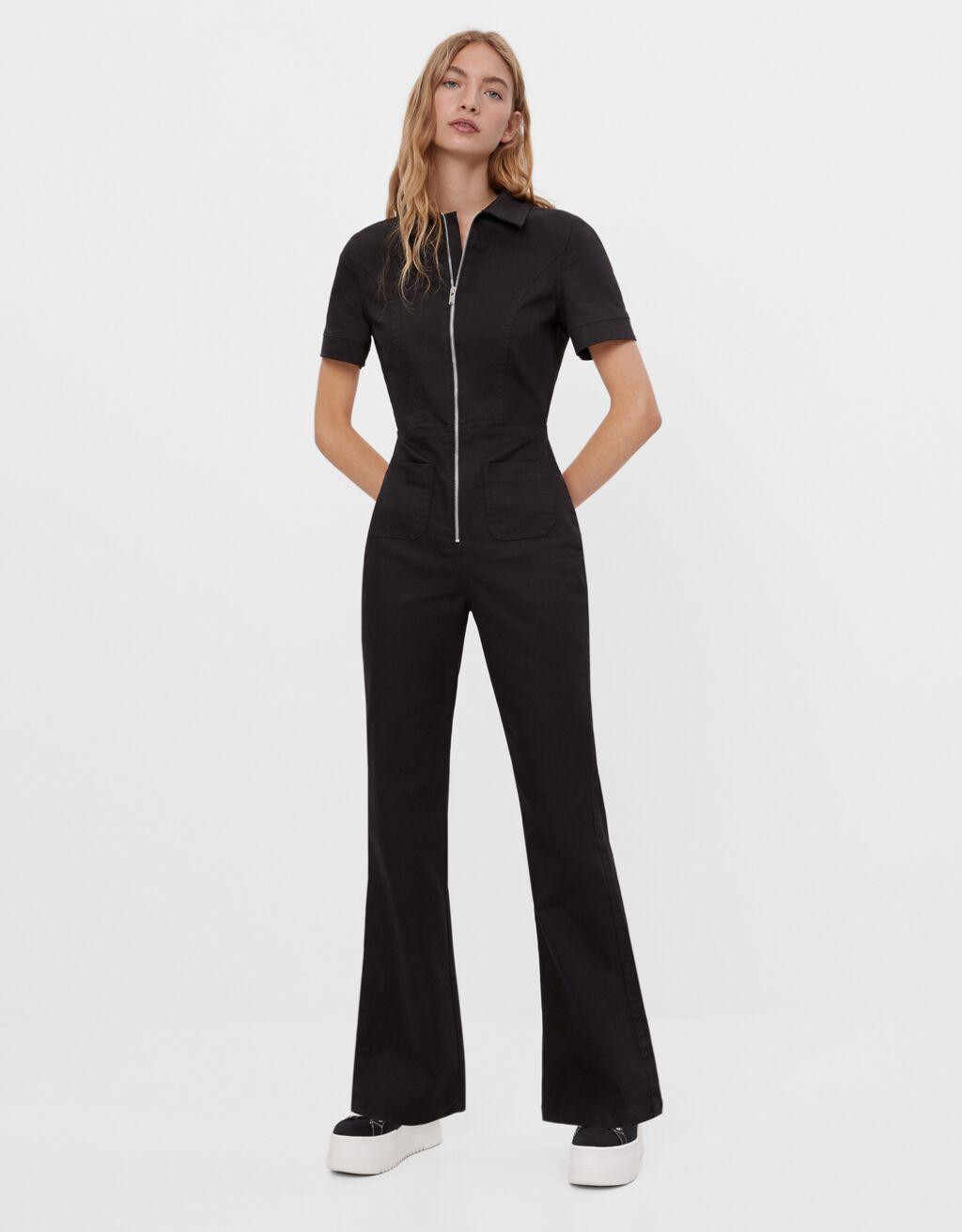 Flared jumpsuit with zip - Dresses - Woman