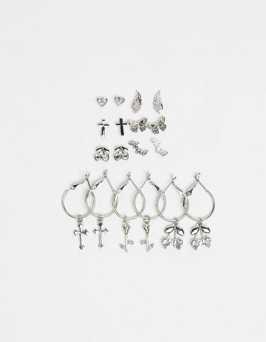 Set of rhinestone earrings