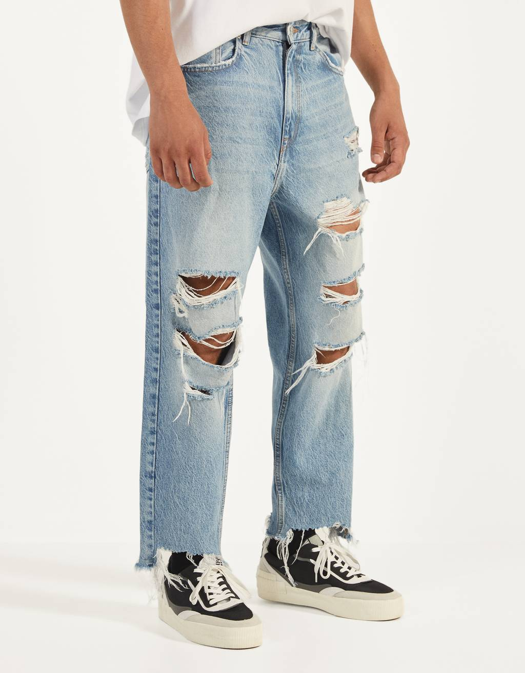 Jeans loose fit con strappi