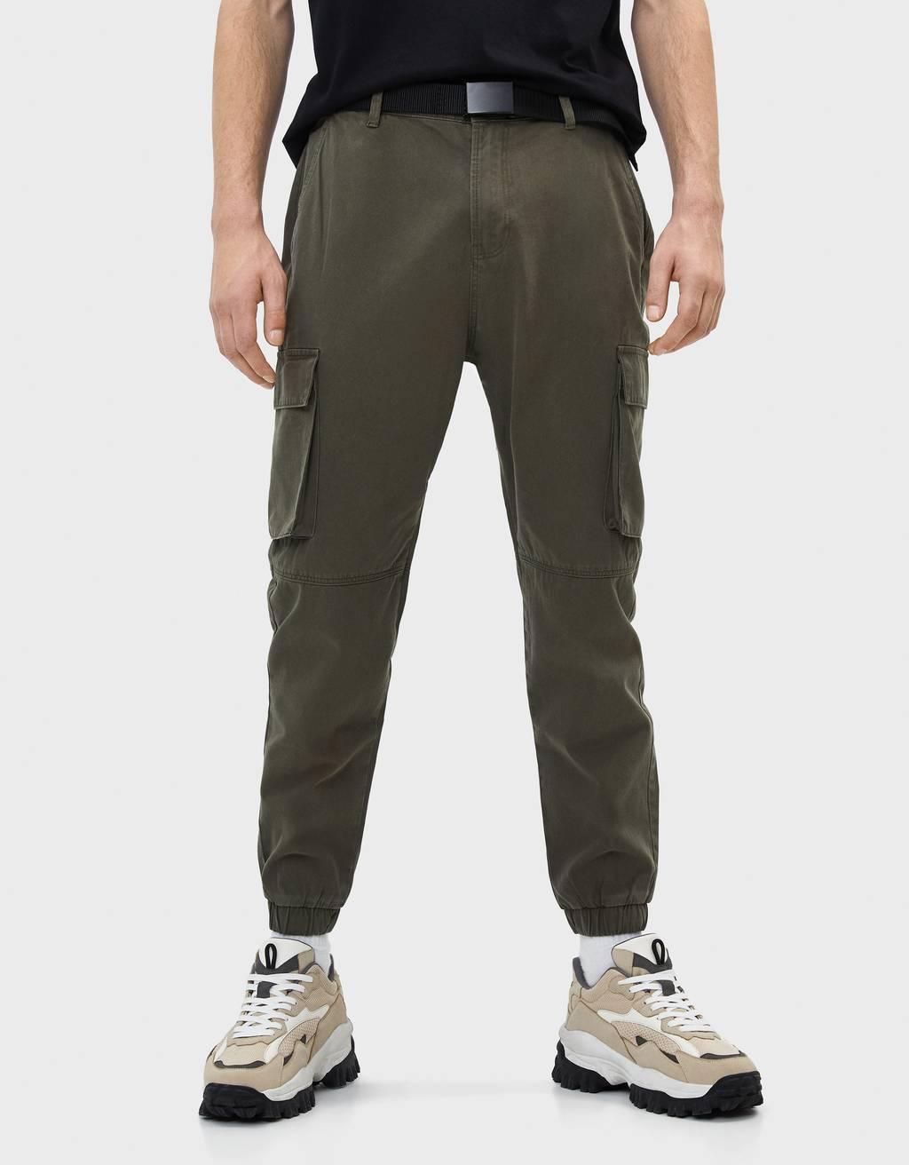 Pantalón cargo con cinto