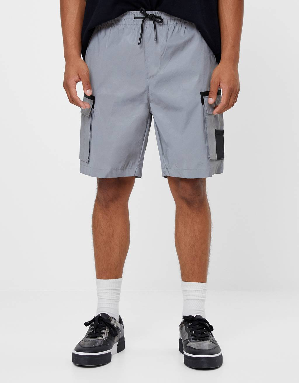 Plush reflective Bermuda shorts