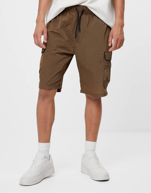 Nylon cargo Bermuda shorts