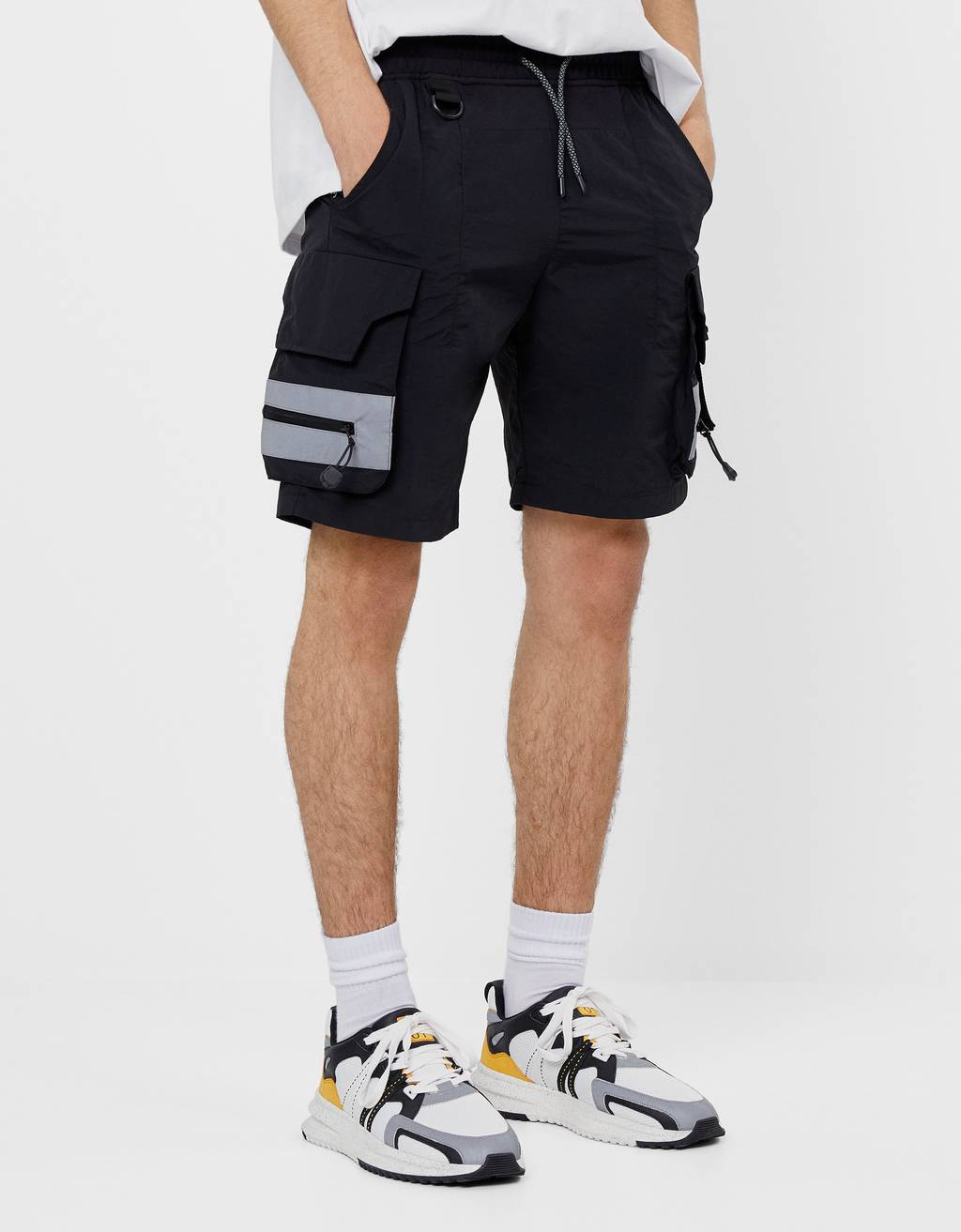 FUTURE-READY Bermuda short joggers