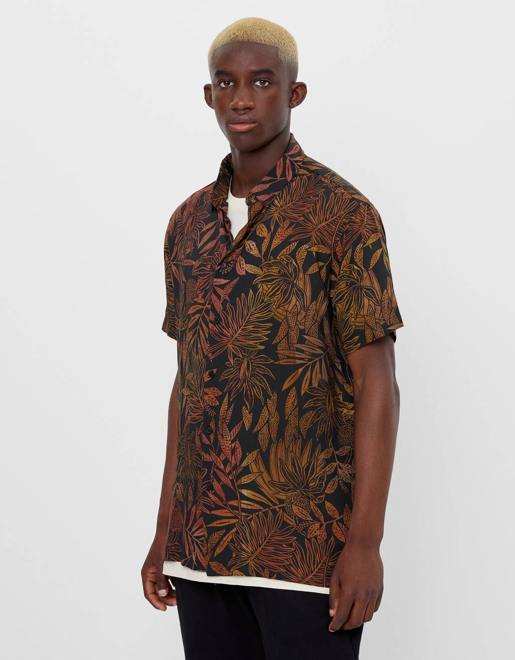 Hawaiian Shirt with tropical print