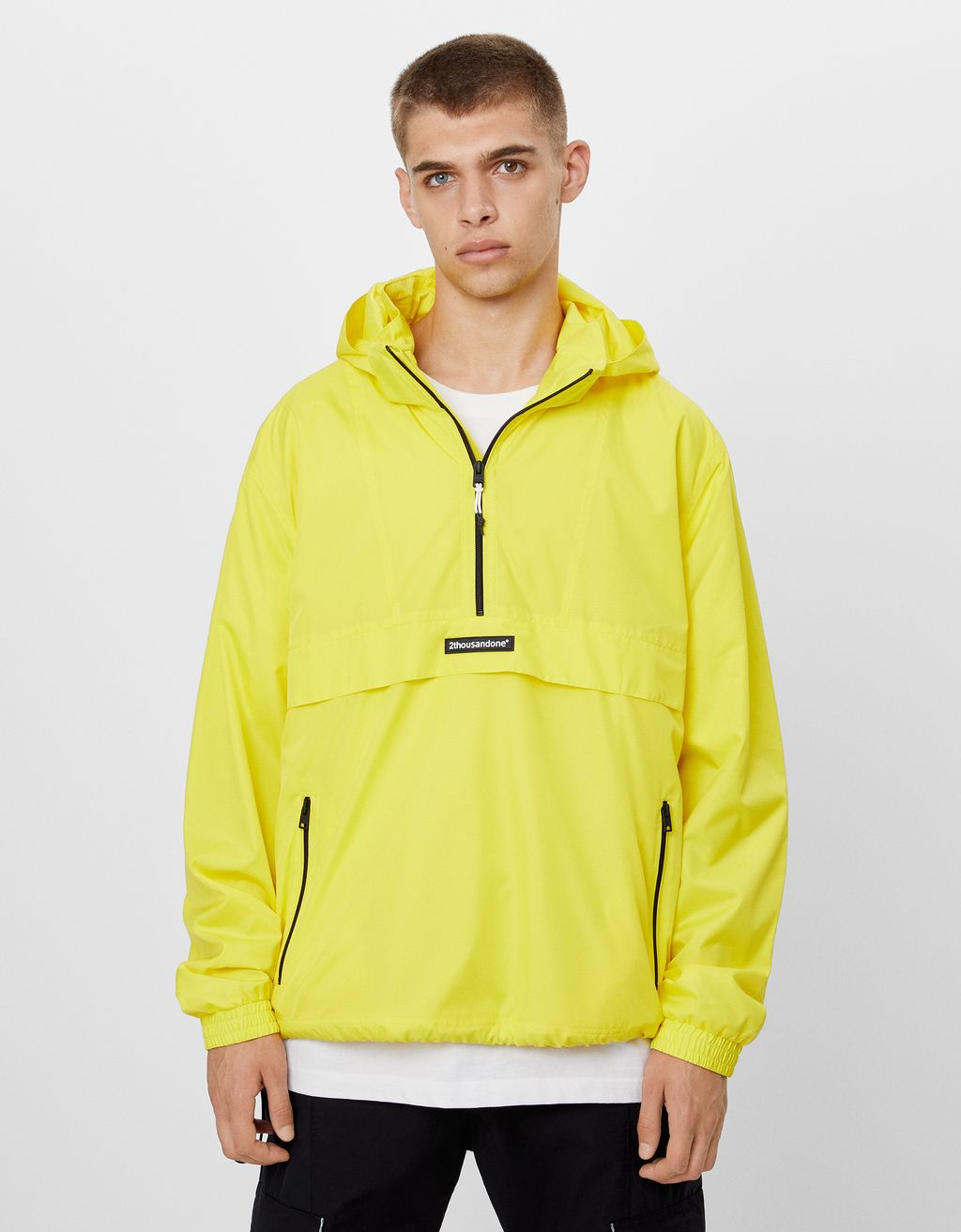 Anorak jacket with detachable hood