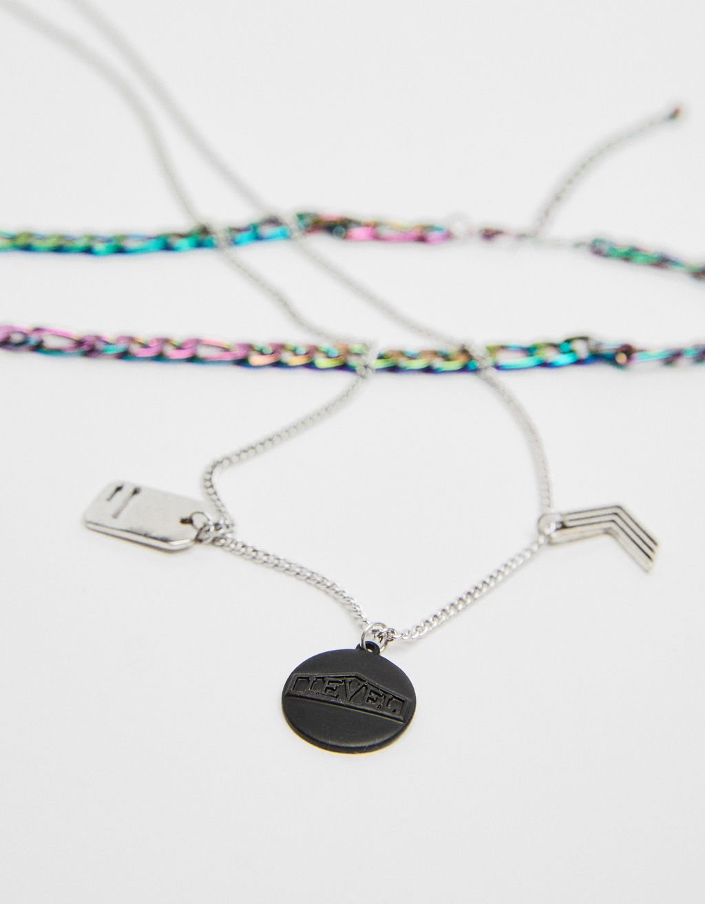 Chain necklace with multicolored
