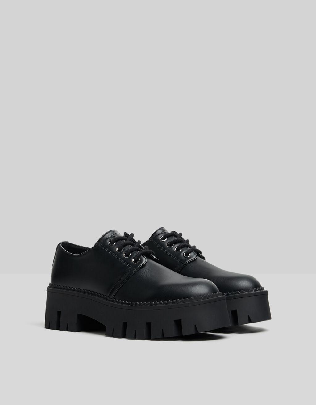 Flat platform shoes with track soles-BLACK-0
