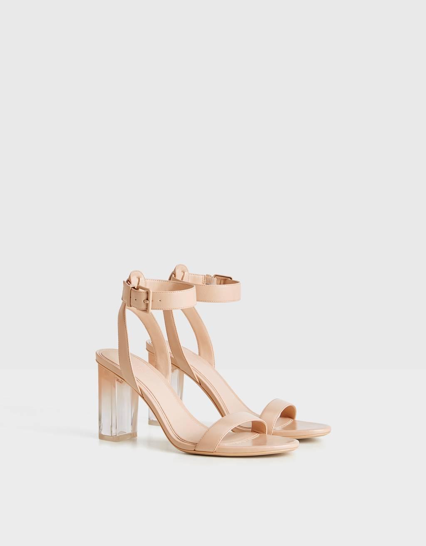Sandals with methacrylate heels