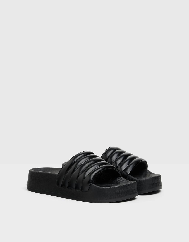 Quilted platform sandals