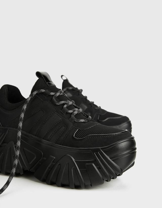 Monochrome platform sneakers - Trainers