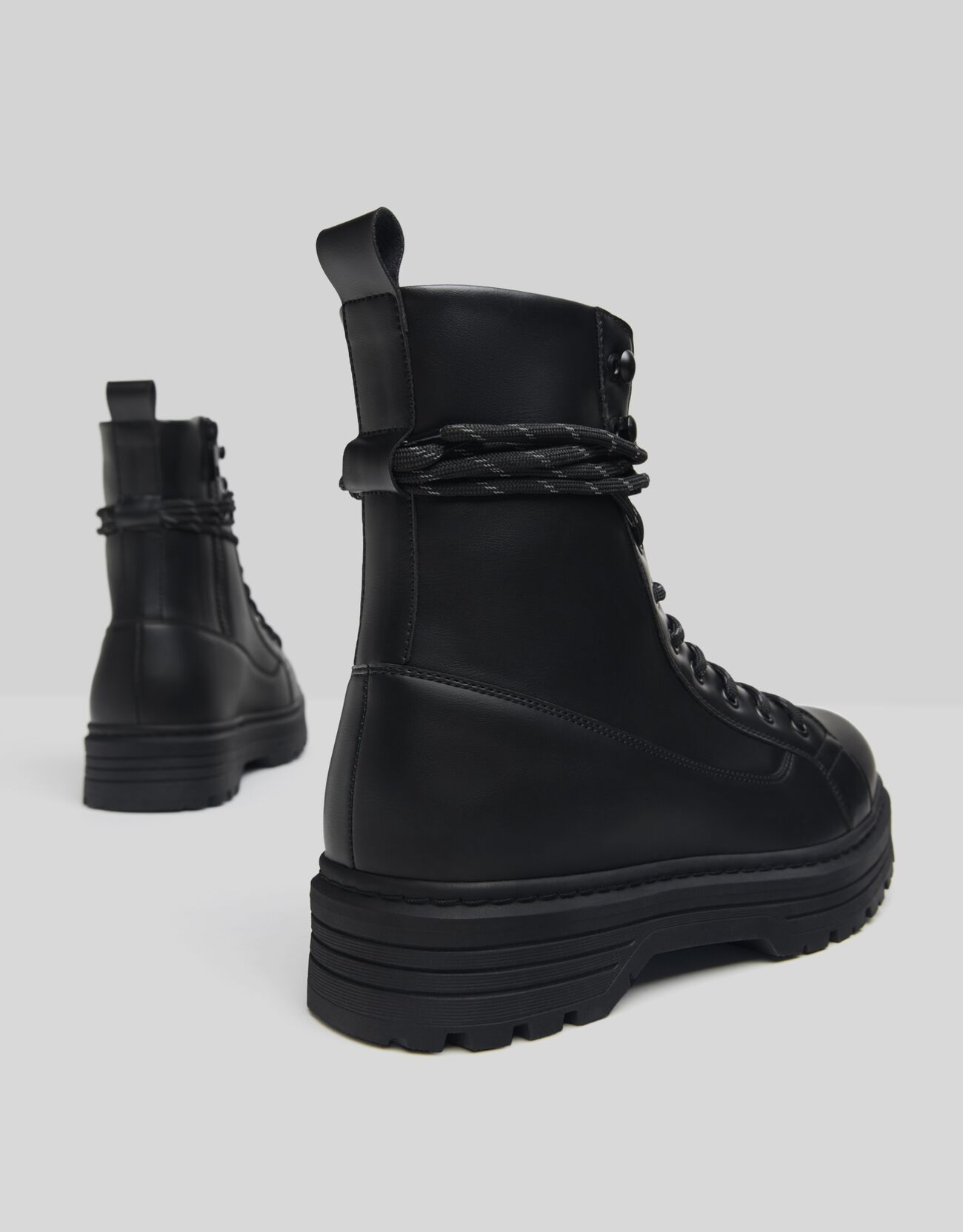 boots trending from pull and bear