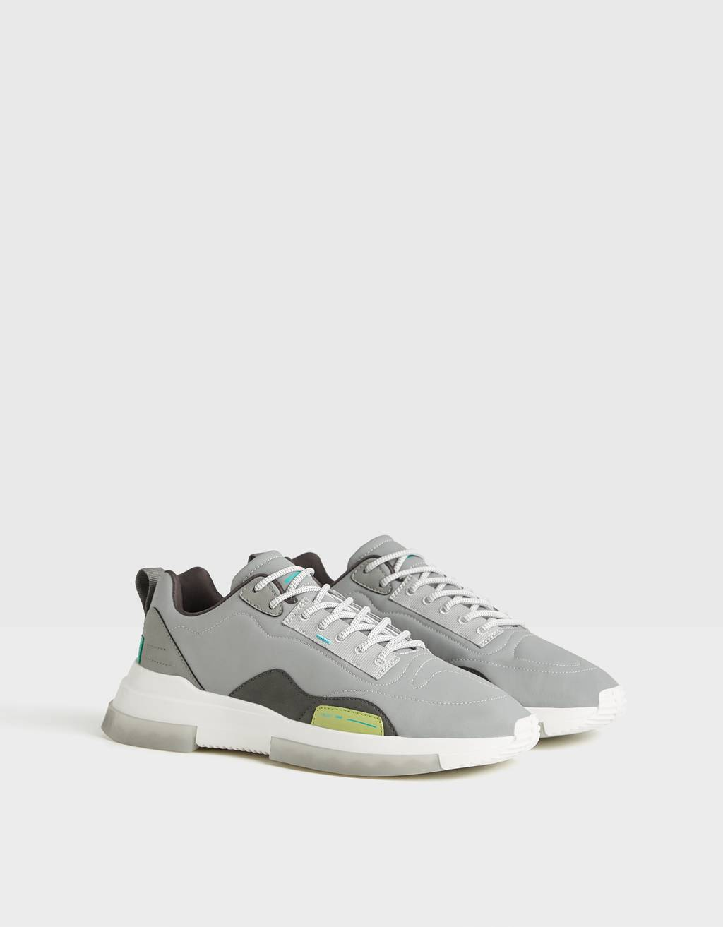 Reflective men's trainers