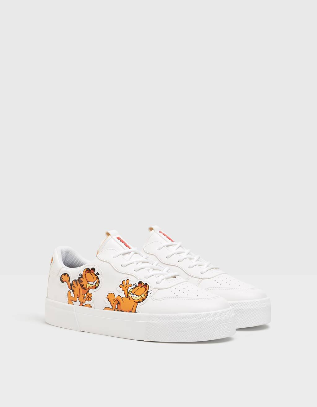Men's Garfield & Bershka trainers.