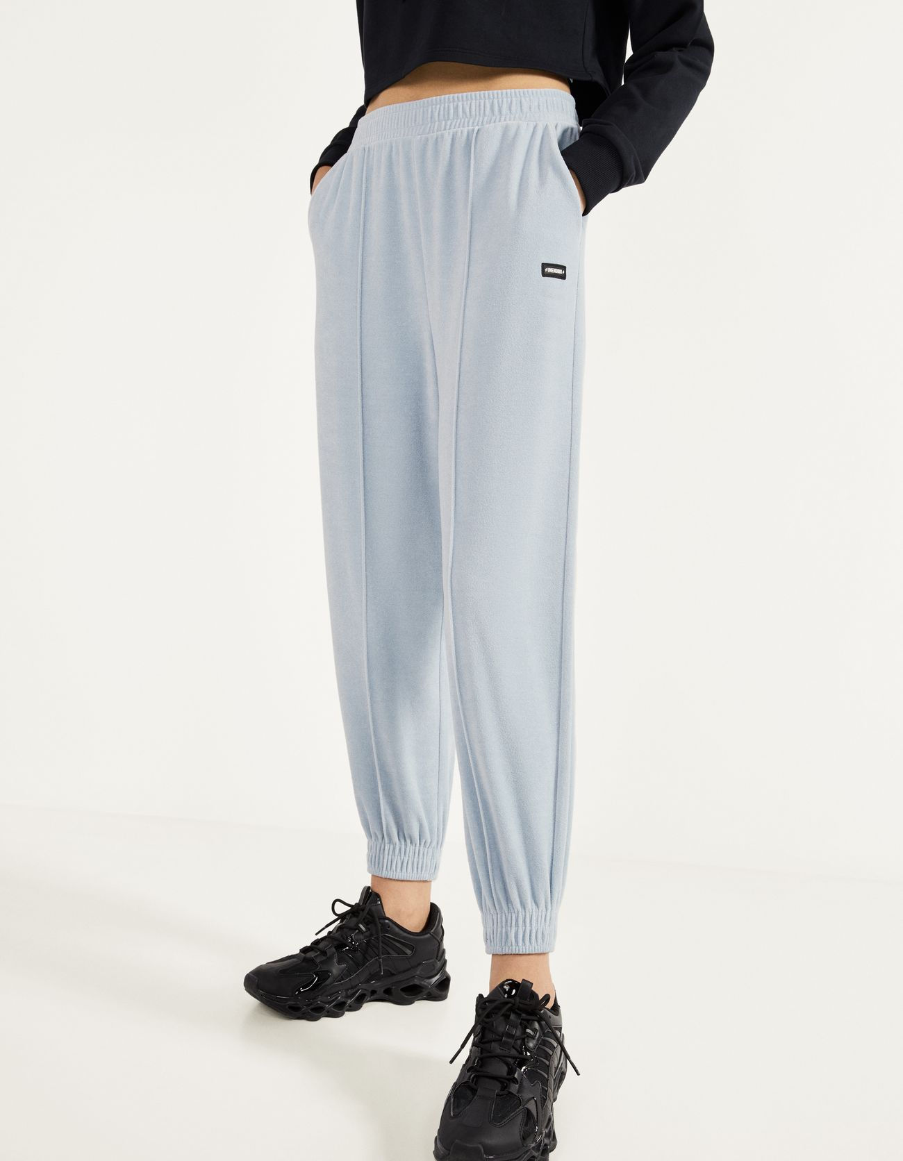 Pantalón jogger de terciopelo