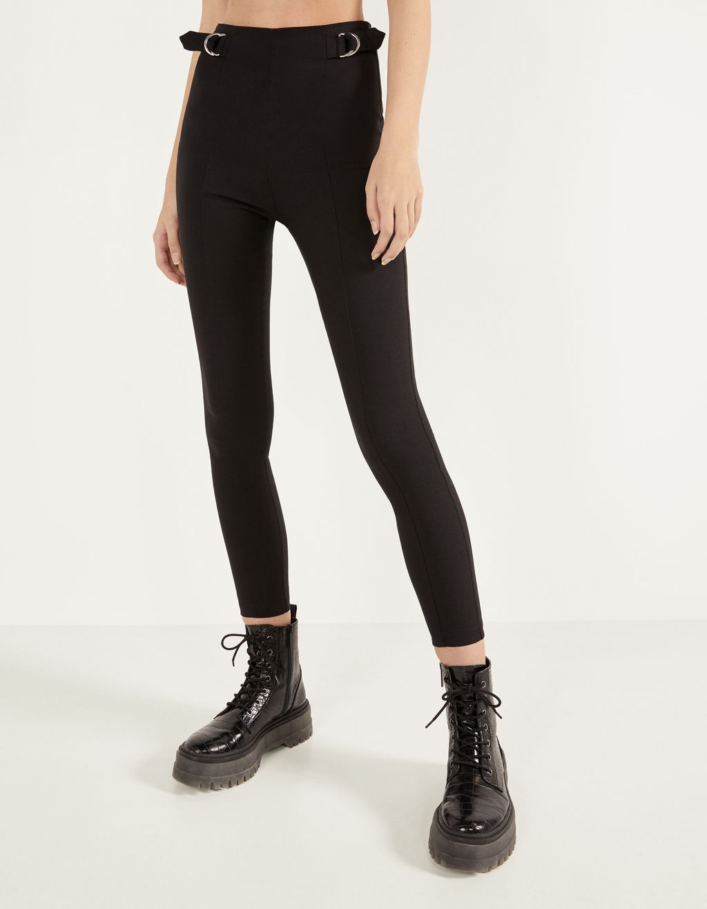 Leggings with buckles