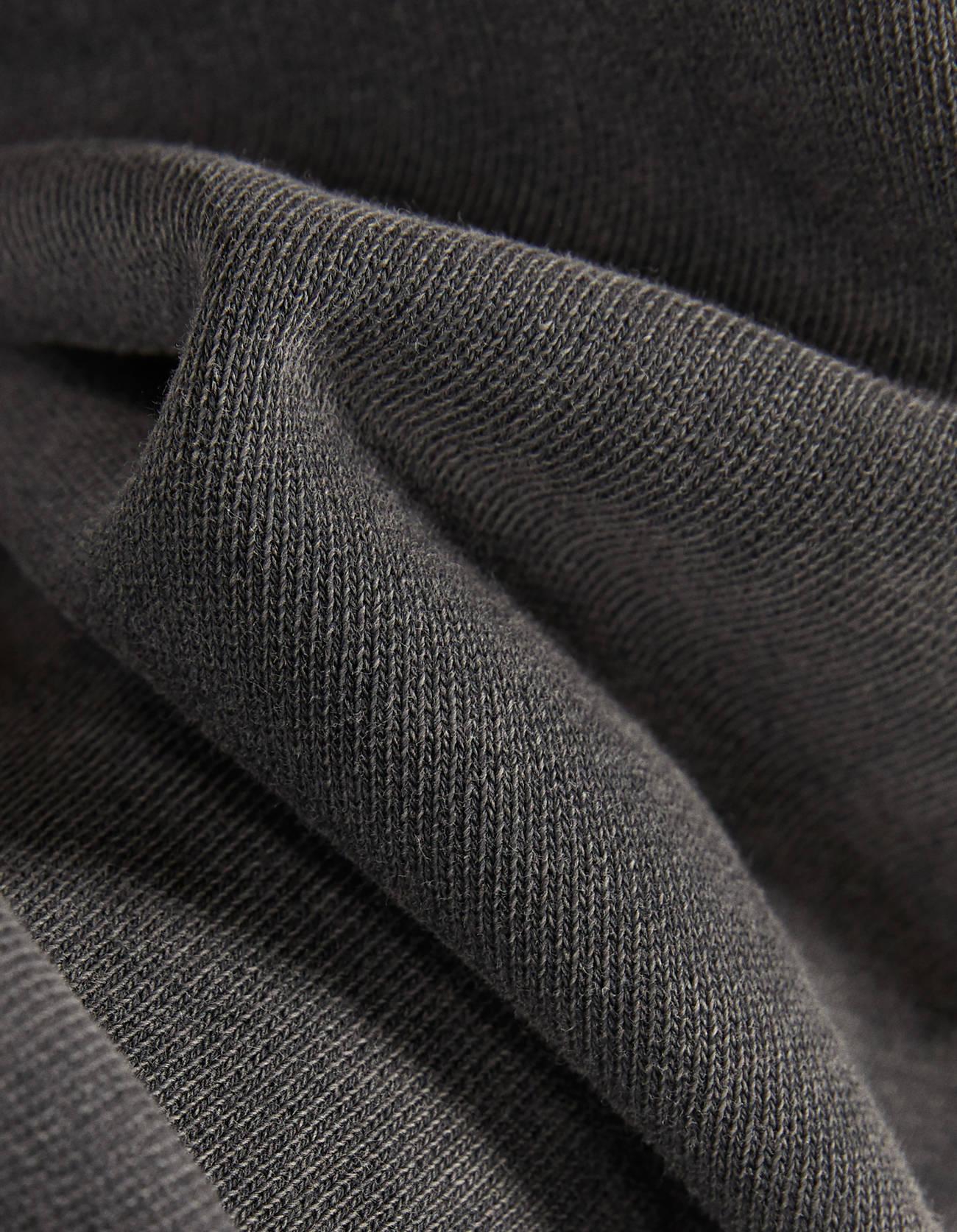 Брюки-джогеры с вышивкой Черный Bershka